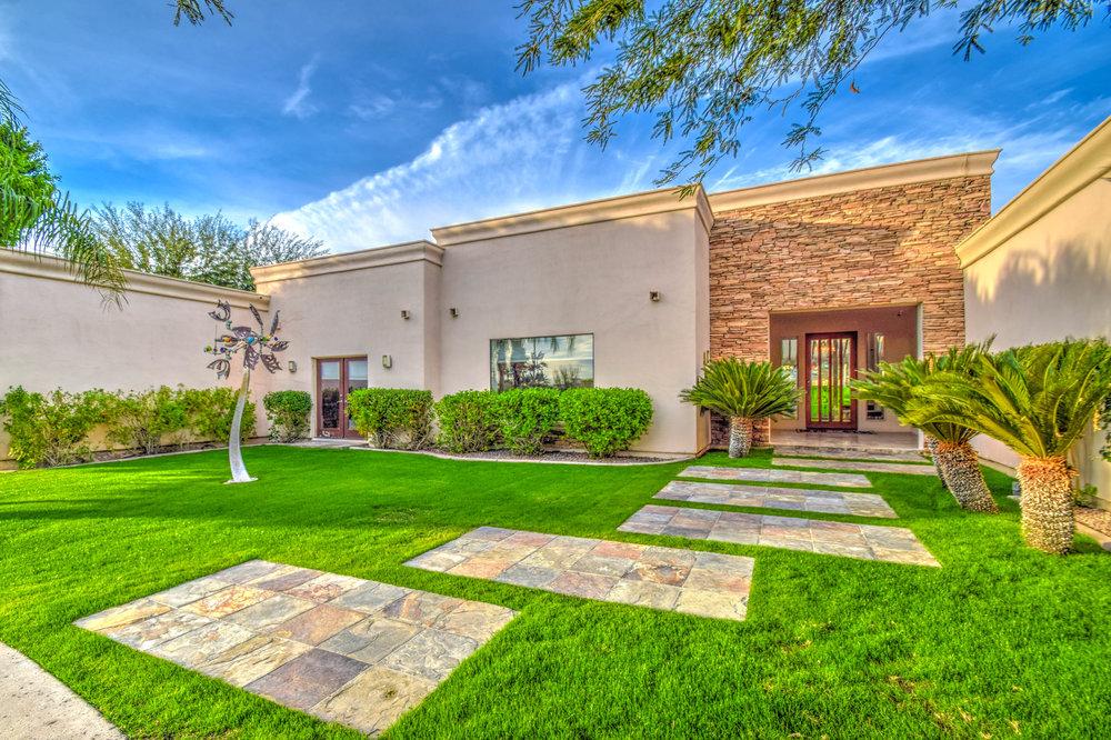 Cactus Corridor | Scottsdale Foothills