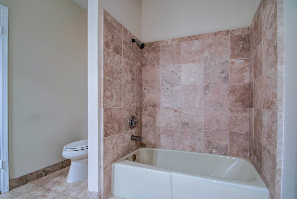 Bath 2 Pic 2.jpg