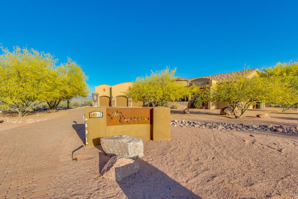 07-Desert Vista.jpg