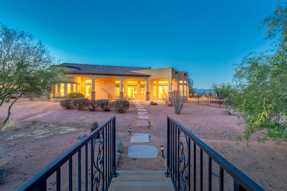 54-Desert Vista.jpg