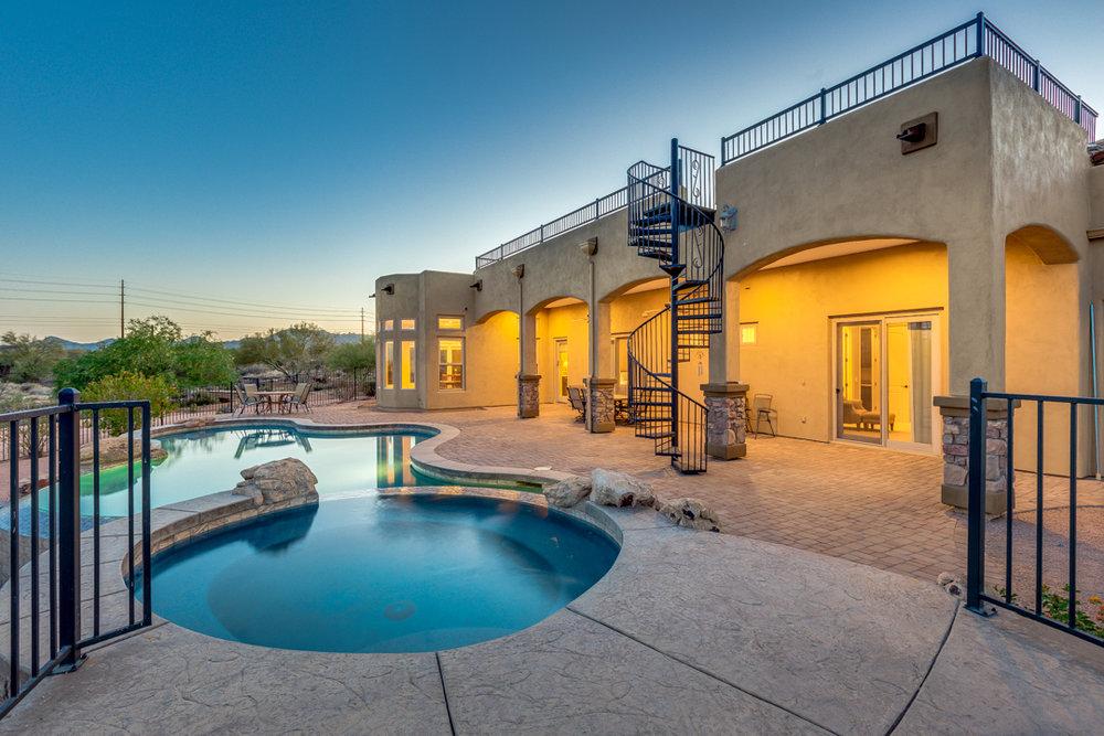 56-Desert Vista.jpg