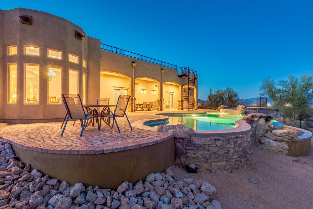 60-Desert Vista.jpg