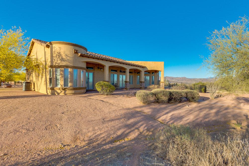 64-Desert Vista.jpg