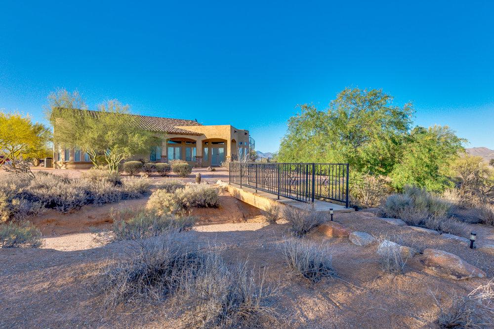 68-Desert Vista.jpg