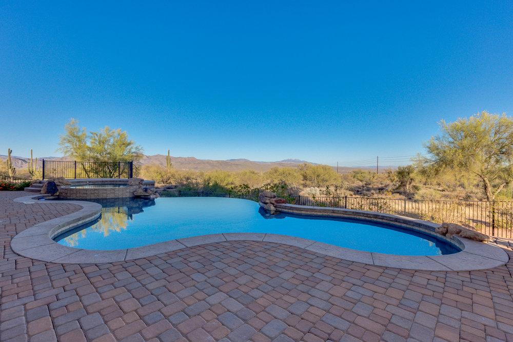 73-Desert Vista.jpg