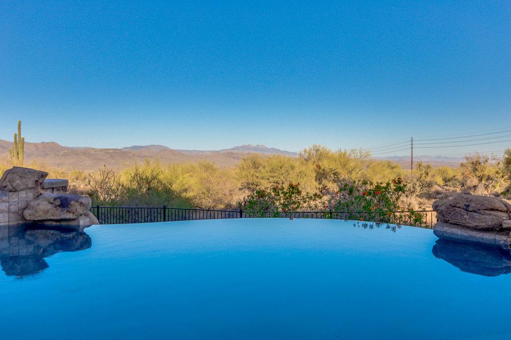 75-Desert Vista.jpg
