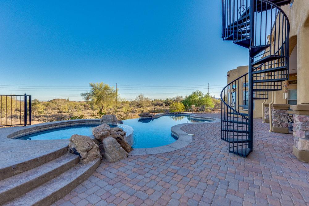 80-Desert Vista.jpg
