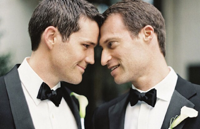 Day 7: Gay Pride 🌈  Wishing Eric & Drew a very happy {side} KICKASS #anniversary 📷: @jenhuangphoto . . #sidekickevents #gaypride #gaywedding #boys #wedding #loveislove #myboys #lgbt #pride #lgbtq #equality #rainbow #grooms #dudewheresthebride #mancrush #ericanddrew #drewanderic #kissthegroom #nyc #nycwedding #newyork