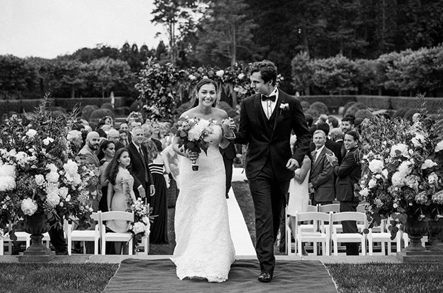 Wishing Serin & Larry a very happy {side} KICKASS #anniversary 📷: @andrew_graham_todes_photo #sidekickass #oneyeardownalifetimetogo #weddingseason #lovebirds #kickassbride #instawedding #instaanniversary #nycwedding #sidekickevents #sidekickbride #mrandmrs
