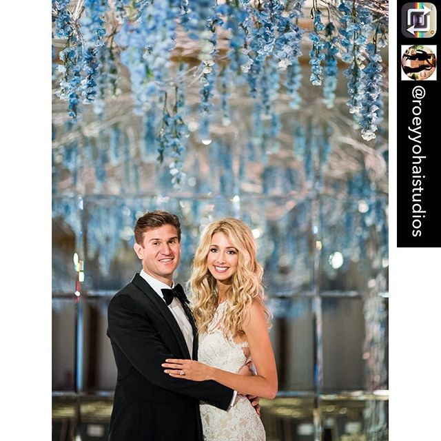 Repost from @roeyyohaistudios using @RepostRegramApp - We have only one word for Jenna and Andrew's wedding at the @StRegisNewYork .... impeccable! ⭐️ . . 🥂 Event Planning @Sidekickevents 📷 David Alexander @RoeyYohaiPhoto .  Roey Yohai Photography. We are photojournalists dedicated to authentically capturing the essence and magic of LOVE between couples, their families and friends across the US and beyond.  www.RoeyYohaiPhotography.com 📸💕 .  #stregisnewyork  #stregishotel  #stregisnyc  #nycwedding #weddingseason #glamwedding #bridetobe #bridetobe2018 #bridetobe2019 #luxurywedding #nyweddingphotographer #nyweddingplanner #weddingplanning #weddinginspo #fivestarwedding #roeyyohaiphotography #roeyyohai #newyorkwedding #newyorkweddings #stylemepretty #marthastewartweddings #theknot #weddingwire #citywedding #davidalexander_ryp