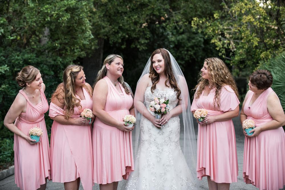 realwedding_bridesmaids_redlands_pink_bouquets