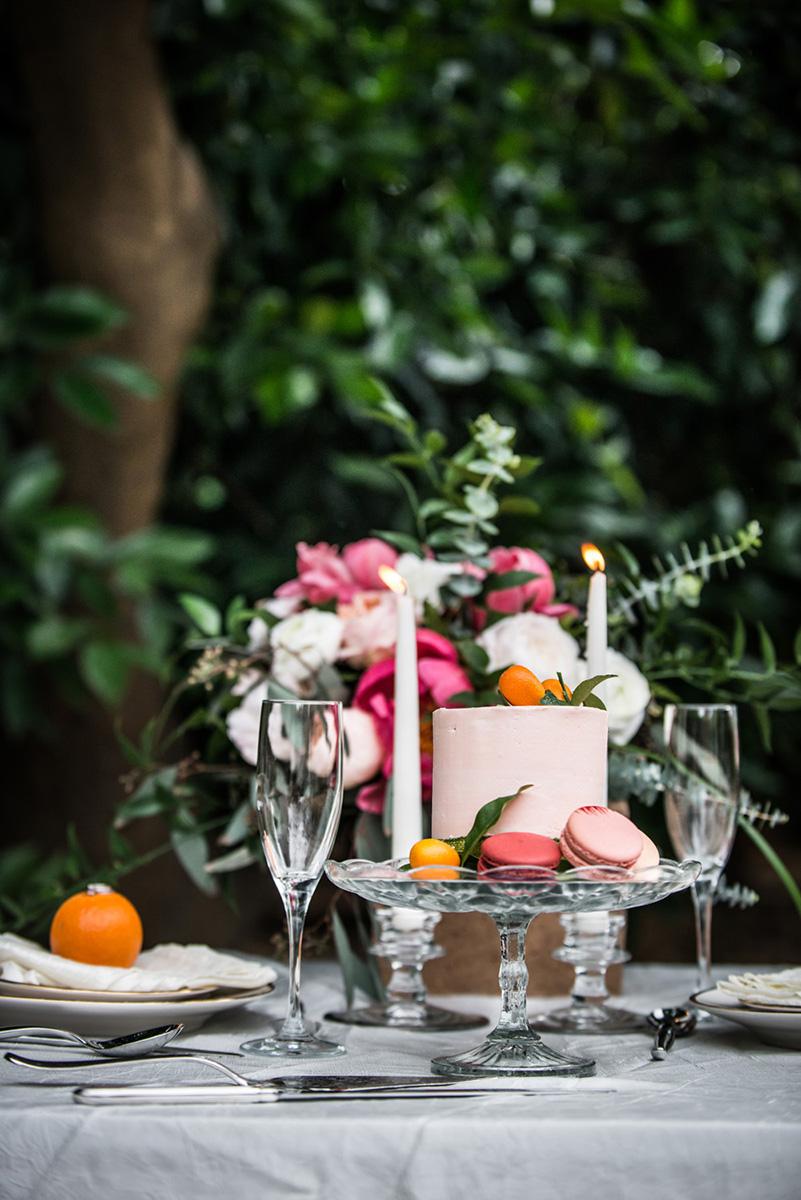 styledshoot_redlands_prospectpark_orangegroves_cake_ macaroons