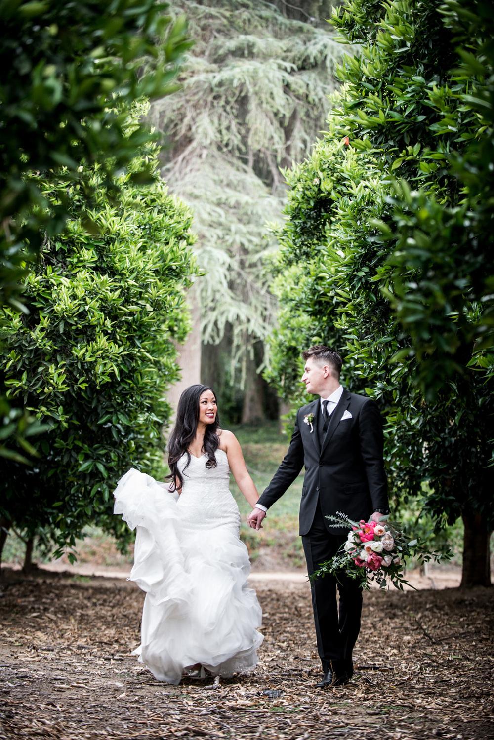 redlands_prospectpark_realcouple_orangegroves_weddingdress