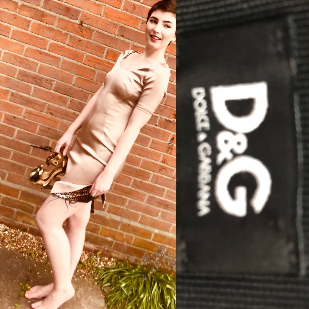 D&G dress in gold size 8 £199.JPG