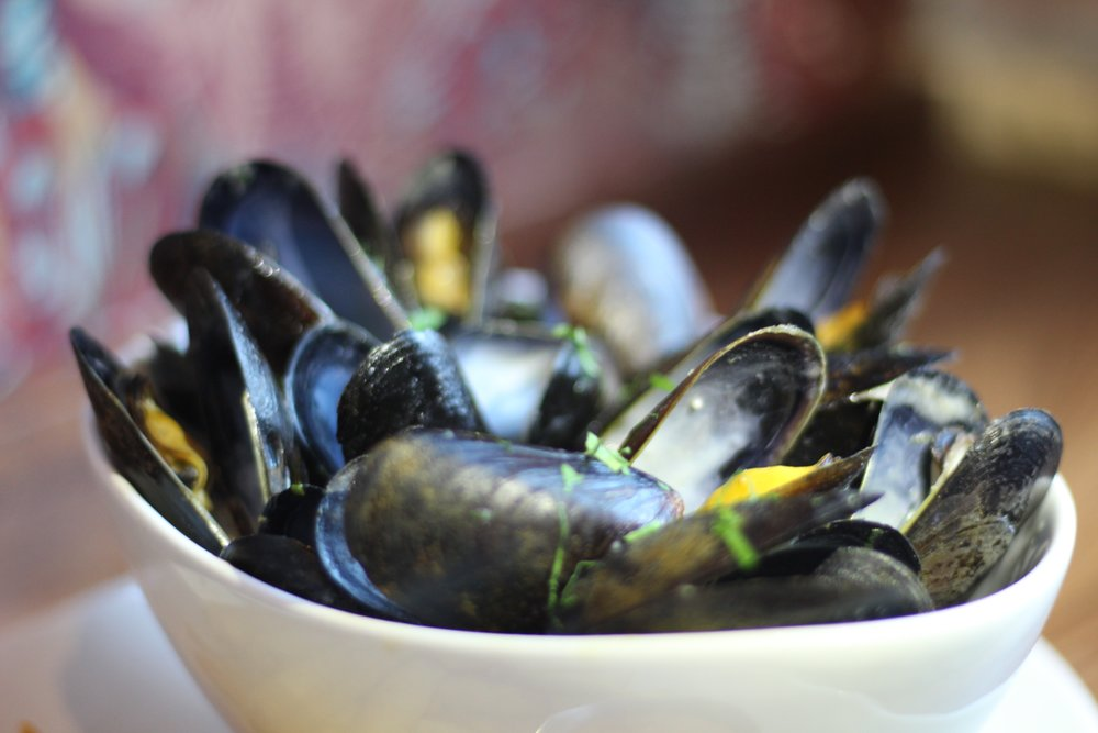 Steamed PEI Mussels & Fries