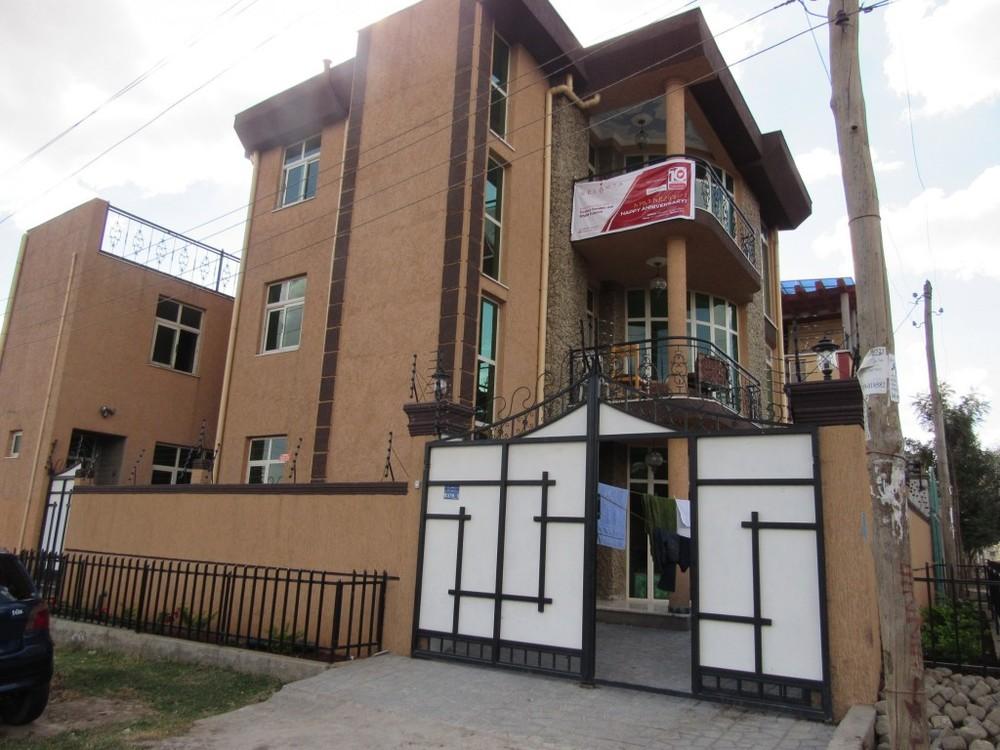 Community-Center-Exterior.jpg