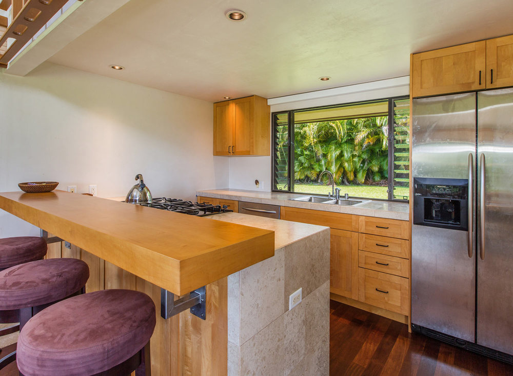 4.-Kitchen-Bar-1.jpg_1800x1200_2288173.jpg