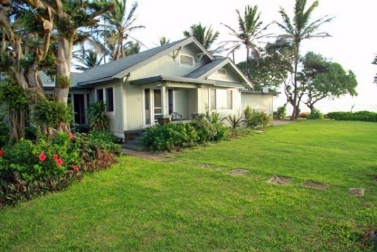 <strong>Sold for $1.28M</strong><br>Kapaa, Kauai