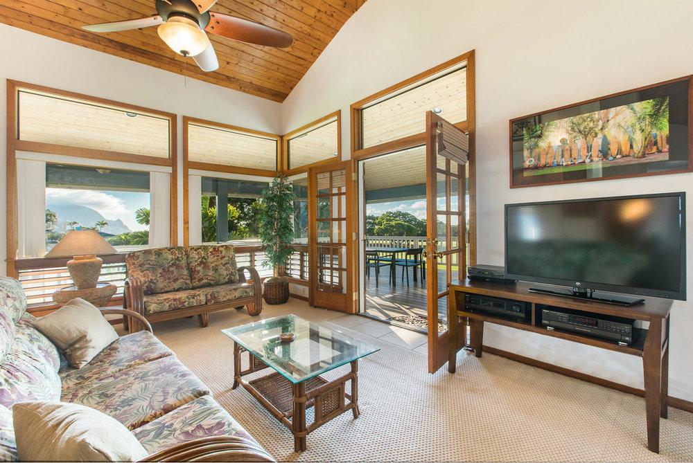 5260 Honoiki Rd Princeville HI-large-006-10-Living Room-1496x1000-72dpi.jpg