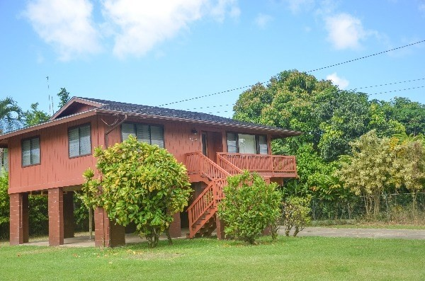 <strong>Sold for $1.31M</strong><br>Hanalei, Kauai