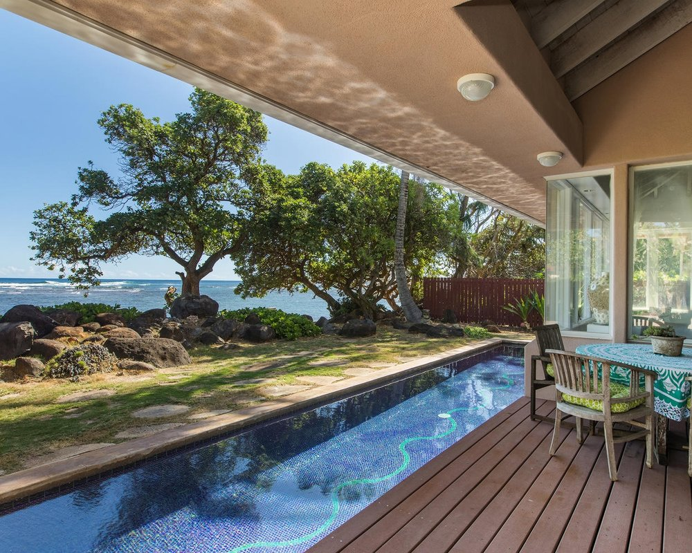 Oceanfront Home + TVR Cottage
