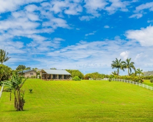 "<div align=left><span style=""color:#13b5ea""><strong>Kahili Makai Ranch</strong><br>Sold for $1.32M 