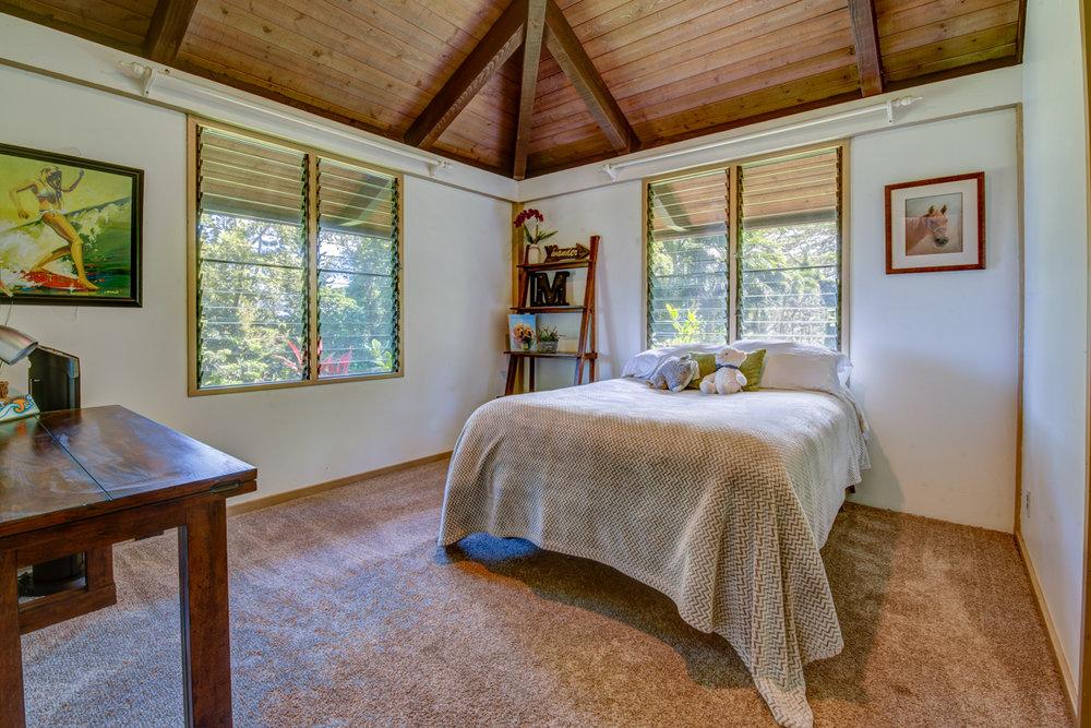 Guest Bed 2_MLS_Blog.jpg