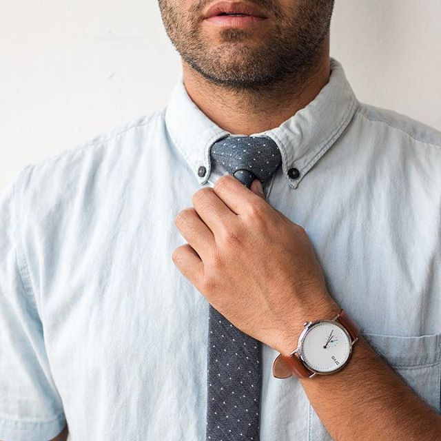 Business Casual Skinny Tie