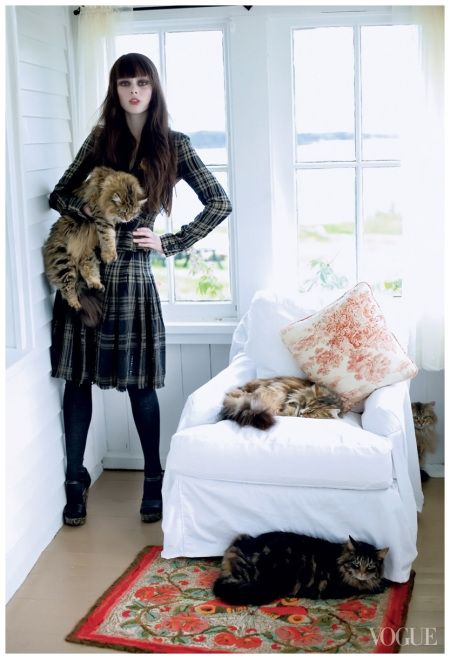 Coco Rocha by Arthur Elgort - Vogue September 2006. LOVE those cats!