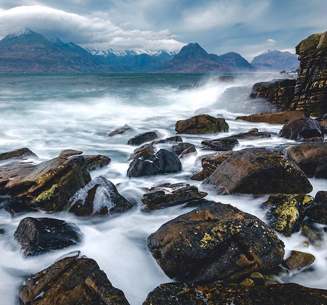 Another shot from start of the years trip to Isle of Skye. I really need to go back to this location. This was in deep winter and was one of the windiest places I have been. Also almost lost the drone after this image was taken.  #elgol #isleofskye #skye #scotland #scottishhighlands #beach #winter #mountains #water #sea #seascape #rocks #uk #landscape #landscapephotography #landscape_lovers #landscape_capture #naturephotography #naturephotography #naturelovers #igers #ig_shotz #ig_masterpiece #beautifuldestinations #travel #canon #sourcedadventures