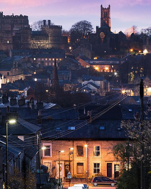 Dusk over Lancaster. Dusk settles over Lancaster and the city starts to change. This is a crop of the image - full one is on the story. Sometimes hate how IG crops things. #lovelancaster #architecture  #landscape #lancaster#lovelancaster #city #cityscape #town #england #lancashire #landscape_love #bluehour #dusk  #ig_color#ig_shots #ig_shotz #ig_masterpiece #canon #canonphotography #photographer #photography #photooftheday #lensbible #discover_earth  #architecturephotography #city #town #england #travel