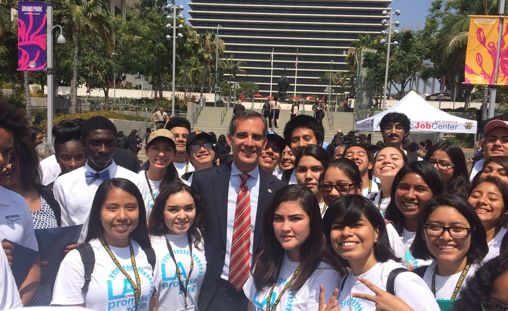 Mayor Garcetti with Promise Zone students - July 2016