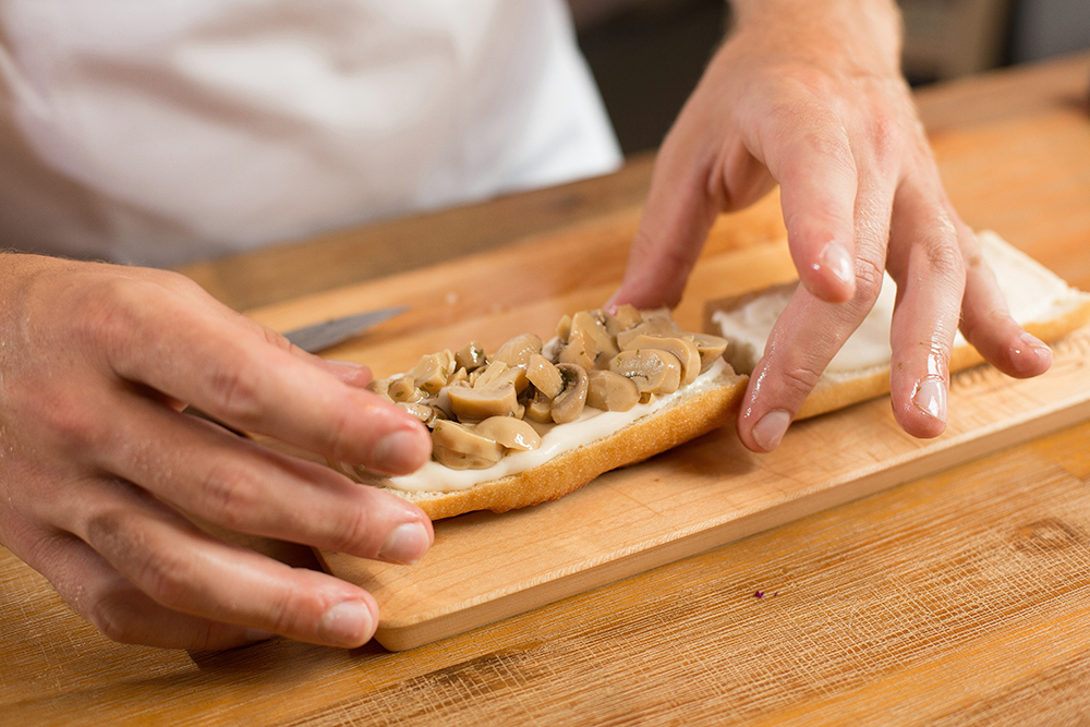 Sandwich 3 - Tommy (15)-SML.jpg