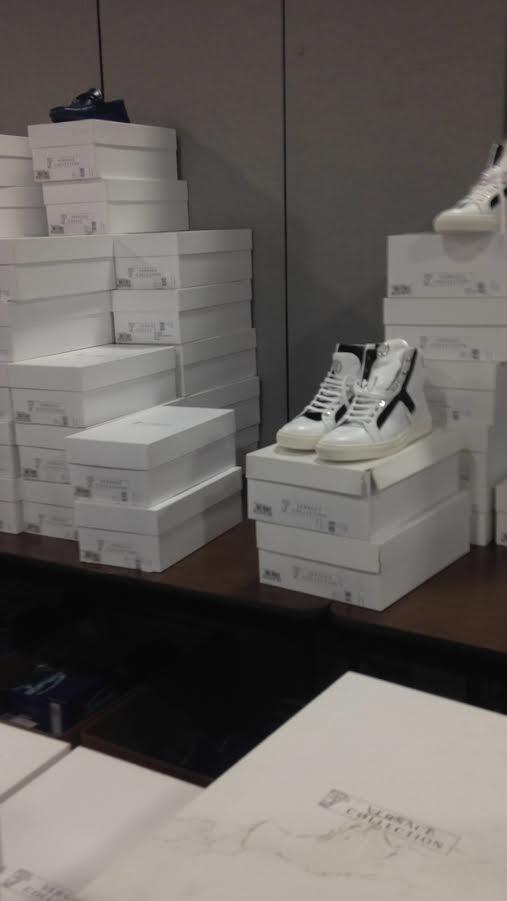 versace mens sneackers 45.jpg