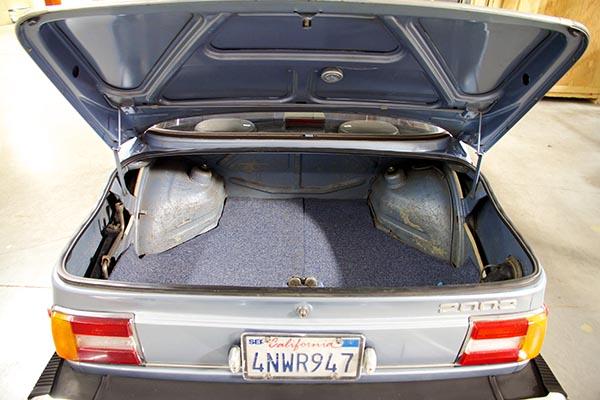 Clarion BMW 2002 Build 11512.jpg