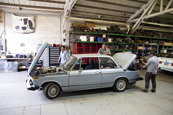 Clarion Builds BMW 2002 CoupeKing Teardown 13211.jpg