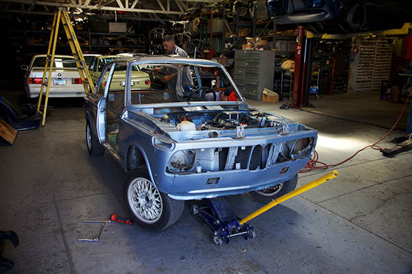 Clarion Builds BMW 2002 CoupeKing Teardown 13307.jpg