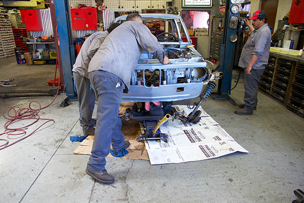 Clarion Builds BMW 2002 CoupeKing Teardown 13450.jpg