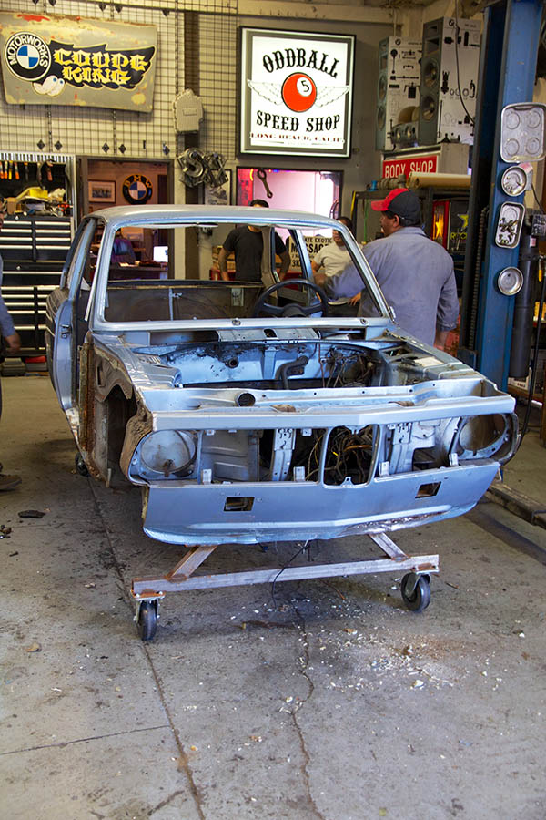 Clarion Builds BMW 2002 CoupeKing Teardown 13544.jpg