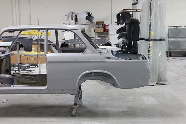 Clarion Builds BMW 2002 Paint-20.jpg