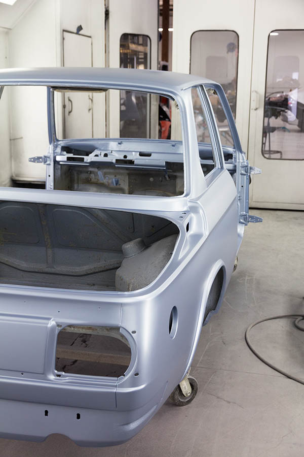 Clarion Builds BMW 2002 Paint-167.jpg