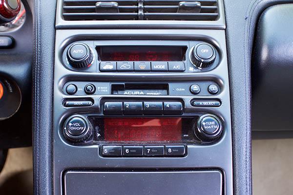 Clarion Builds Acura NSX 4376.jpg