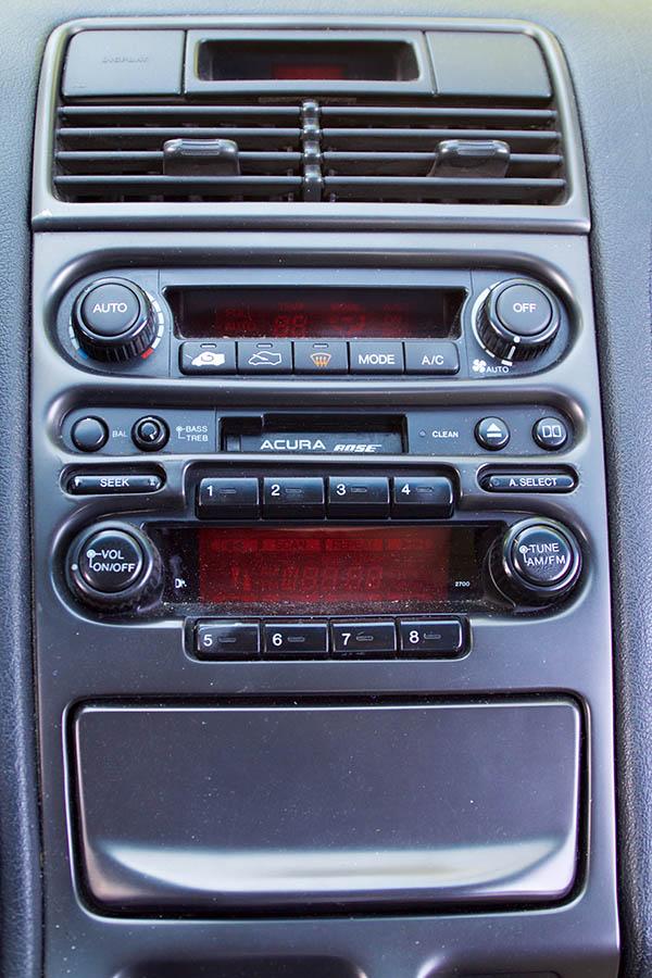Clarion Builds Acura NSX 4378.jpg