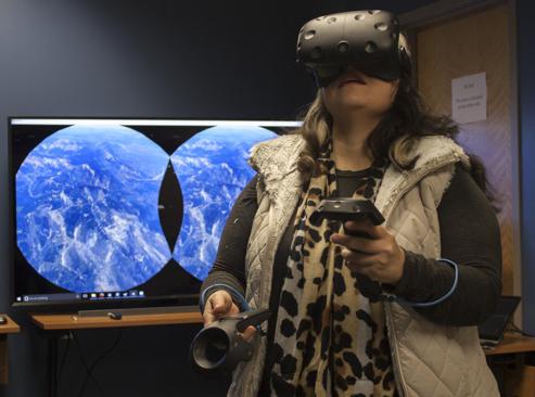 Come explore virtual spaces!