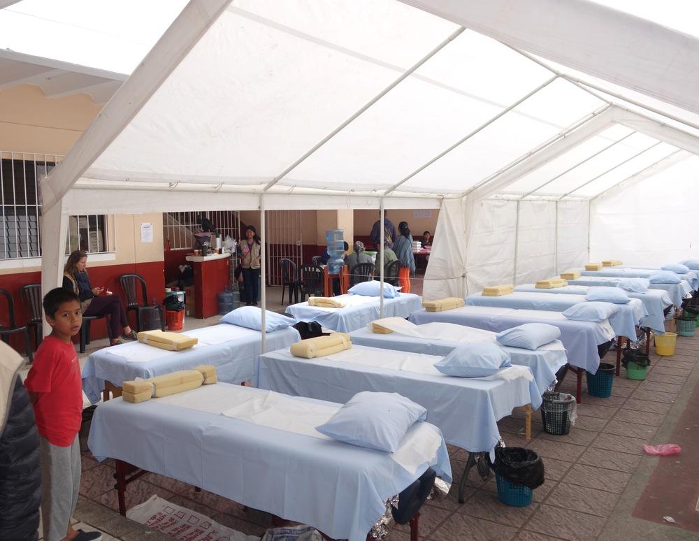 005 DSC03478 Albergue empty beds-1.jpg