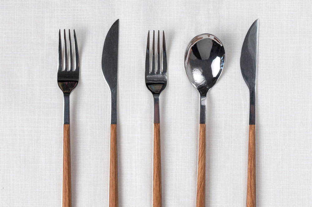 wood-cutlery-set-crop.jpg