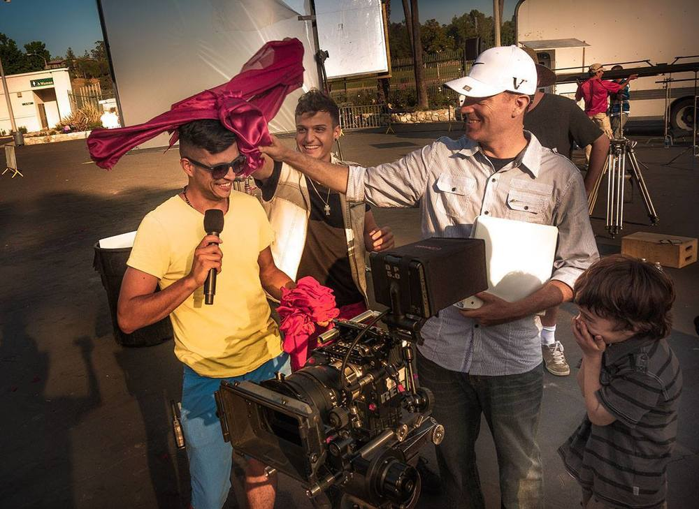 Carlos velasco :assistant director / producer Carlos Velasco is a seasoned producer / AD from Los Angeles California.