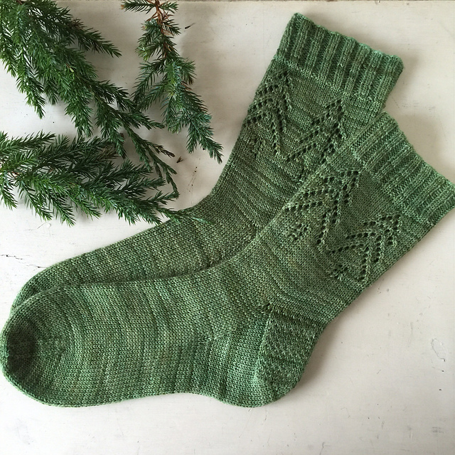 Evergreen Socks by Madelin Gannon Image © Tinkhickman
