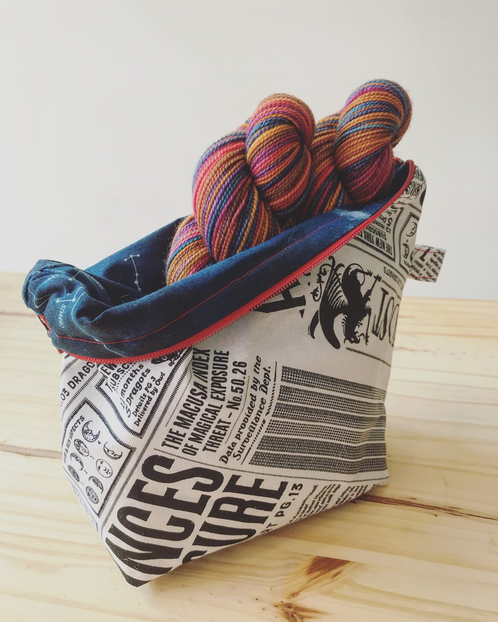 Handmade Project bags by jackie valdez Exclusive Hand dyed yarn by Rhichard Devrieze Image © firefly fiber arts studio