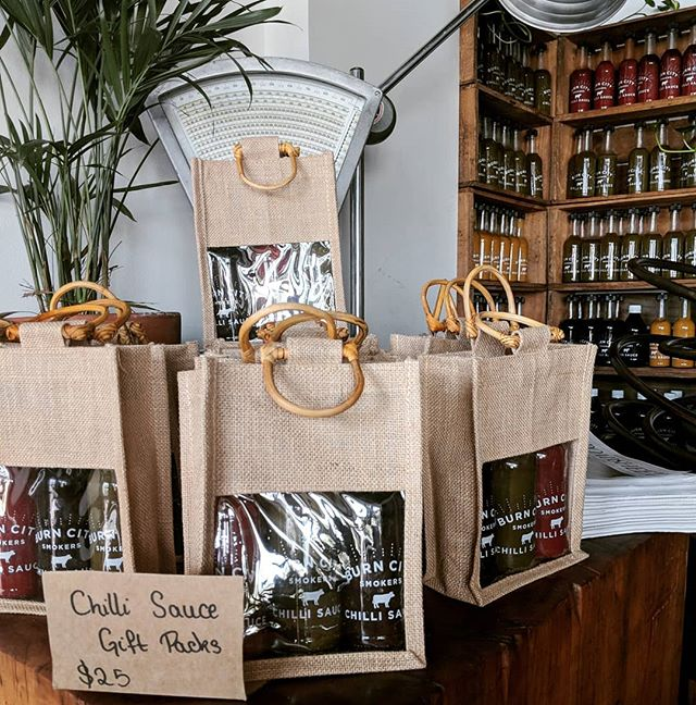 Don't forget our  chilli sauce gift  packs for Xmas.  25 bucks!  Pick up from @burncitytestkitchen 31a Vernon St South Kingsville.  Wednesdays, Thursdays, Fridays and Saturdays from 4pm. Email your orders to  bookings@burncitysmokers.com.au They are going fast. #burncitysmokers #burncitytestkitchen #saucepack #xmaspresents #chriscringle #chillisauce #bbq #xmas #southkingsville #melbournewest #melbourne